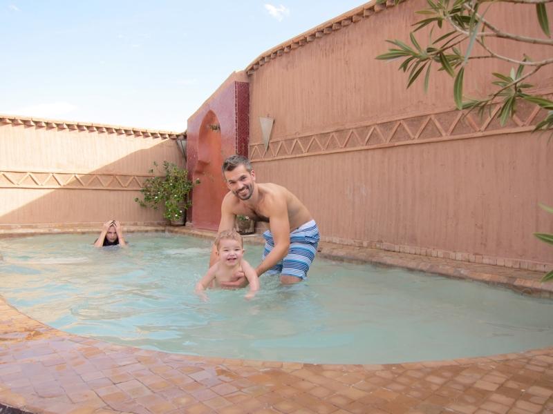 Mini pool på toppen af riaden